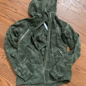 Lululemon Rise and Shine Jacket Original Camo